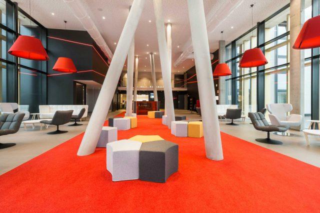 Martin's Red lobby